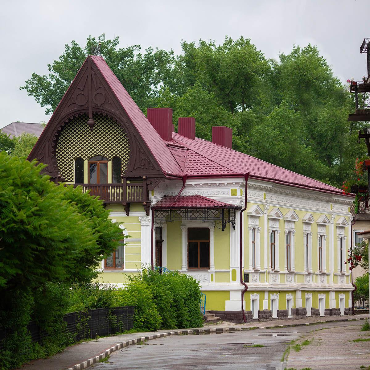 Бучацька художня школа 40х40